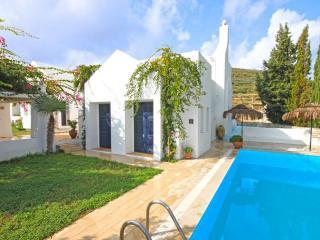 Benzersiz tasarlanmış villa Datça özel havuzlu, Datca