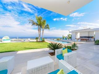 Protaras Holiday Villa Bay View - Platinum Collect