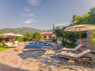 Elegant and spacious finca in Soller / Mallorca
