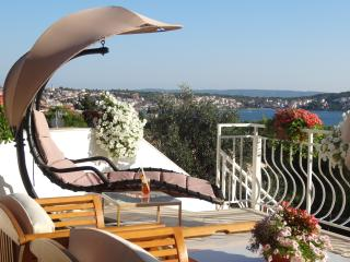 Apartment 1, private terrace with sea view