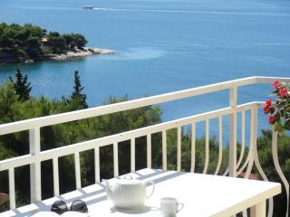 Private Balcony with grate sea view! Trogir    A3