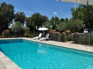 In Provence, large sunny private pool, lavender, Cotignac