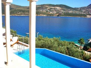 Villa in Kalkan with private pool, close to beach