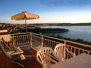 Big Private Balcony with grate sea view! Trogir A2