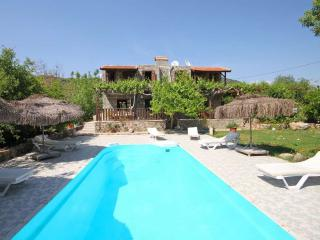 İki farklı giriş Kaya Köyü, Villa, Fethiye