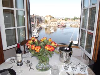 HONFLEUR-FESTIVE DECOR- VIEW no1- COMFORT- Secure WIFI- VOD Linen, Cleaning inc.