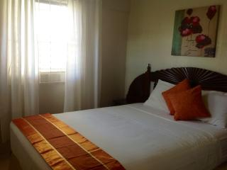 Home Away -Charming One Bedroom minutes from, Christchurch