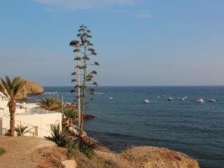 Antigua casita de pescadores a pie de playa