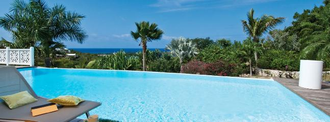 Villa Callisto 2 Bedroom SPECIAL OFFER, Terres Basses