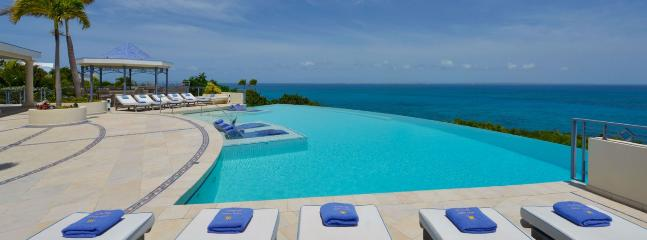 Villa Mes Amis SPECIAL OFFER: St. Martin Villa 475 A Superb Cliffside Location With Astounding Views Of The Ocean., Terres Basses