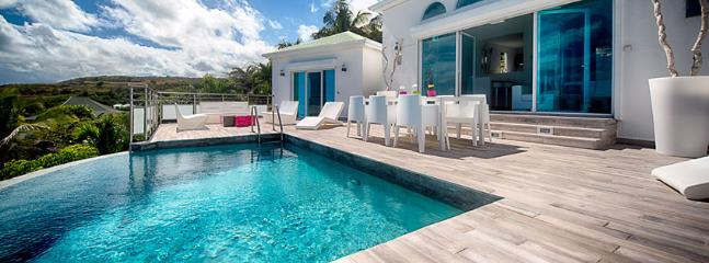 Villa Topaze SPECIAL OFFER: St. Martin Villa 152 A Lovely Sun Deck And Plunge Pool With Modern Luminous Patio Furniture. Enjoy A Fabulous View Over Orient Bay Beach.