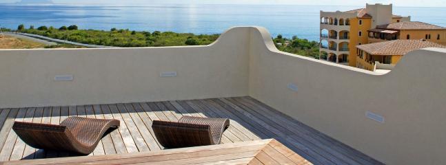 Villa La Perla Sky 2+1 Bedroom (With A Stunning Backdrop Of Ocean And Sky This