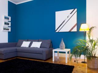 Classic apartment, garden view - IRRESISTABLE!, Lisboa