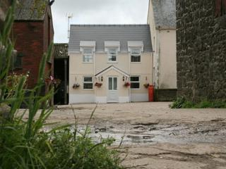 Crickton Farm Cottage, Swansea County