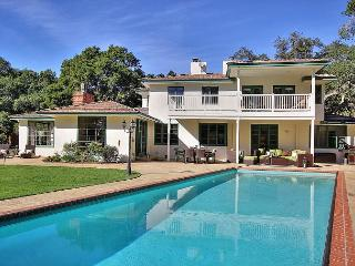 4BR/3BA Stylish Montecito Home with a Pool in Beautiful Santa Barbara, Santa Bárbara