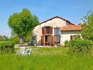 Maison à Lusignac, Dordogne. Piscine & tennis, Bouteilles-Saint-Sebastien