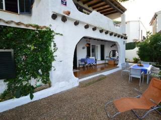 GREAT VILLA WITH GARDEN 50M. BEACH