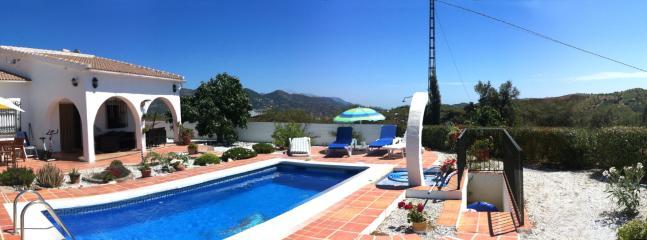 Miba Villa junto a la piscina amplia