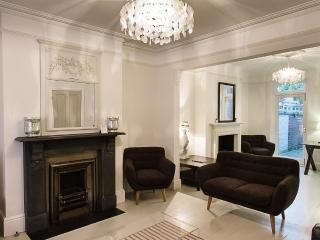 Luxury Four Bed Townhouse