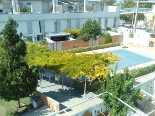 Precioso apartamento con terraza y piscina, Granada