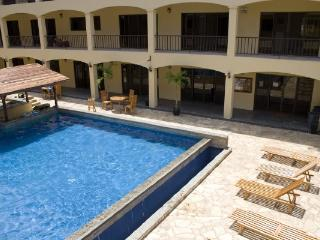 APART-HOTEL - Minutes to Downtown Coco & The Beach, Playas del Coco