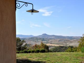 6 bedroom Villa in San Casciano dei Bagni, Val d Orcia, Tuscany, Italy : ref 2294028, Trevinano