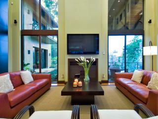 Flawless 5 Bedroom Villa in Manuel Antonio, Pejibaye