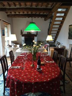 Luca dining room