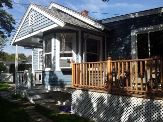 Magical Modern Living By The Sea! Marthas Vineyard, Oak Bluffs