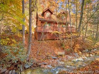 2 Bedroom Pet Friendly Cabin on a Creek, Gatlinburg