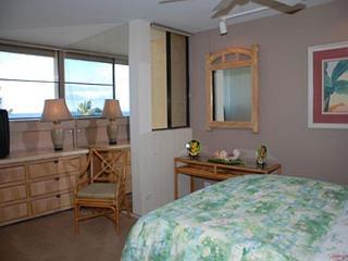KR402 Ocean Front 1 bedroom, Kihei