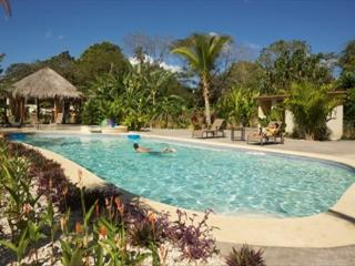AFFORDABLE LUXURY CONDO 10 MINUTES AWAY FROM BEACH, Playa Grande