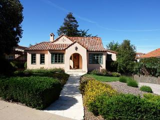 3112 Lighthouse Sanctuary ~ Beautiful Spacious Home, Separate Guest Unit, Pacific Grove