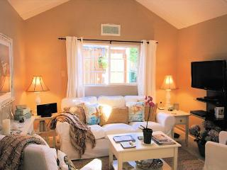 3264 Sea Shell Guest Cottage ~ ***Save Up To $1000! ~ Walk to Town, Charming!, Carmel