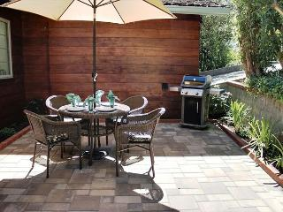Entrance Patio with Weber Gas Grill.
