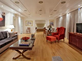 Luxury Serviced Penthouse Suite in Piraeus