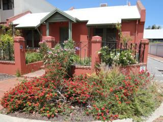 South Fremantle Executive House