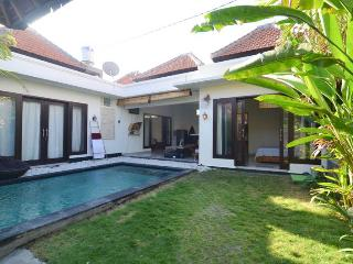Beautiful villa in a quiet area of legian.