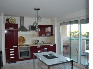 High Spec 1 Bed Modern Beach Apartment, Canet-Plage