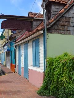 maison typique dans le bourg des Anses d'Arlet