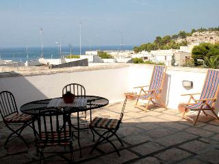 Top Floor for rent by the beach in Puglia - SA103