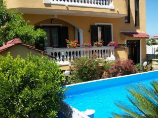 House Cavallaro