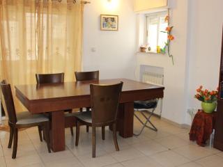 6/7 guests in Rehavia, Jerusalém