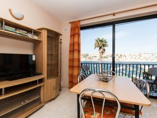 HOLIDAY APARTMENT IN ST PAUL'S BAY 269, CARSONS COURT F3 ST PAUL'S ST STR PAULS
