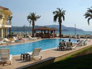 Sunset Beach Club - Aqua 24