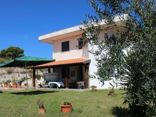 Casale Magliana - garden, WI-FI, beach 10 km, Itri