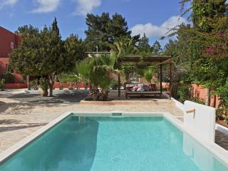 KM5 Great location 3b pool  private close to Ibiza, Sant Josep