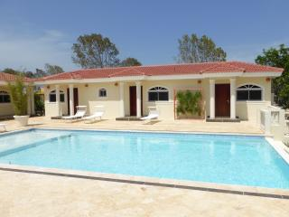Touch of elegance! 6 Bedroom with everything you need for a great vacation, Sosua