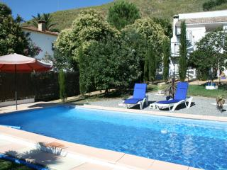 Casa Oasis - rural apartment self contained, Almedinilla