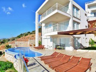 Holiday Villa Goktepe, Kalkan, Sleeps 8